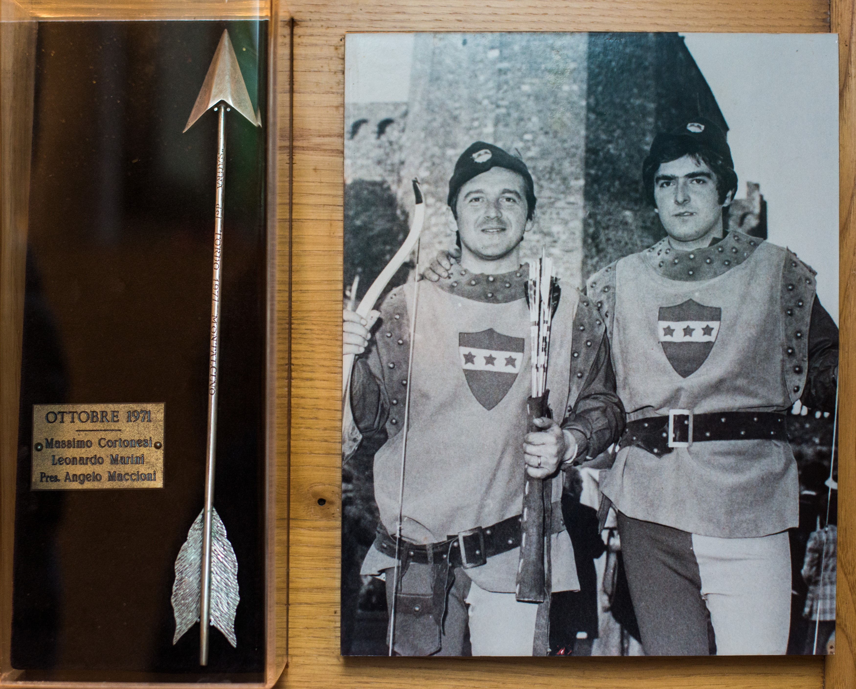 I - Ottobre 1971, Arcieri: Massimo Cortonesi e Marini Leonardo, Presidente: Angelo Maccioni